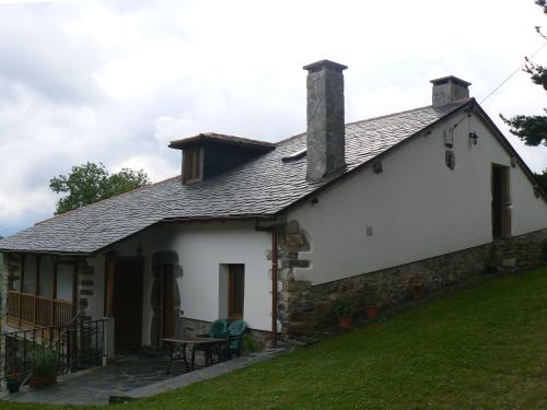 Apartamentos rurales casa calderon luarca valdes asturias - Casa rural luarca ...